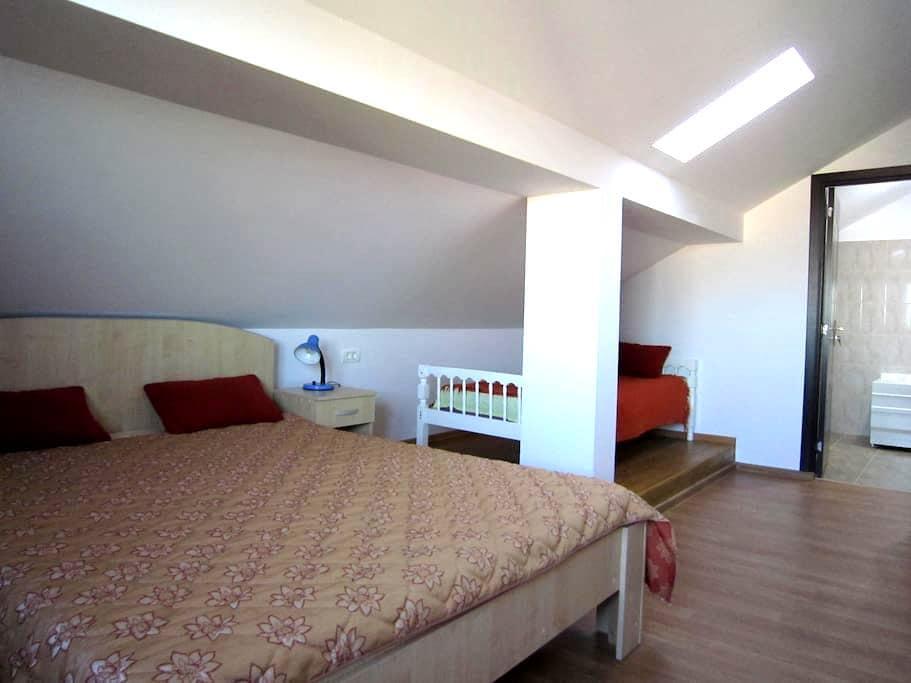 Big and bright room with sea view - Mangalia - Casa