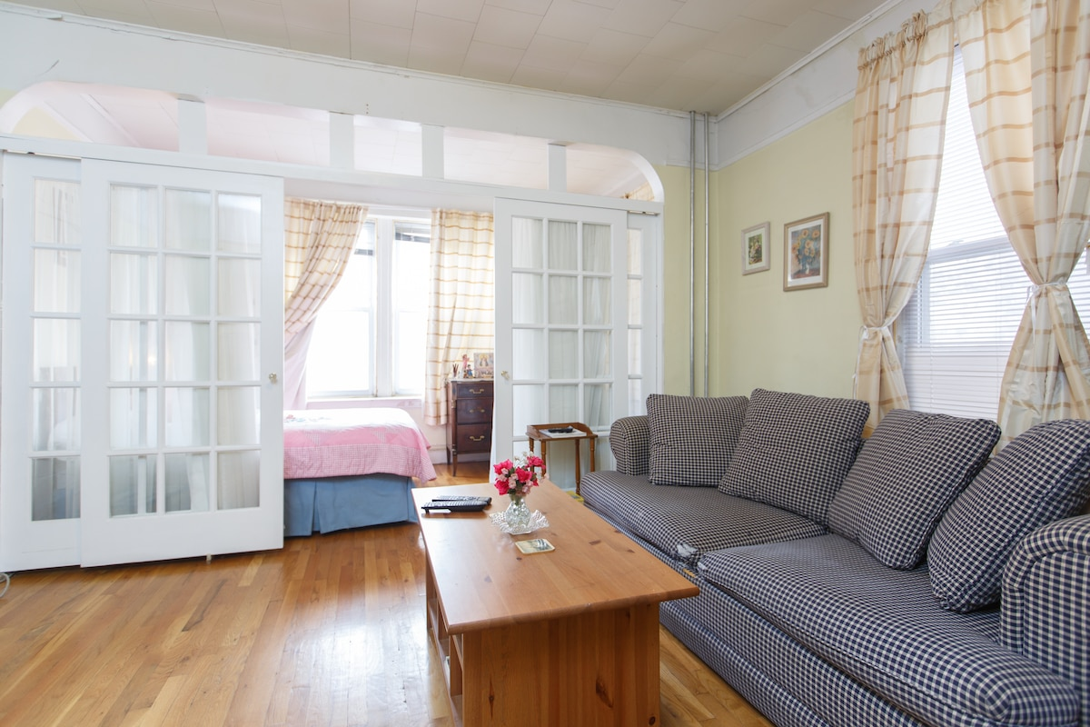 Your own living room (private and doors with door lock).