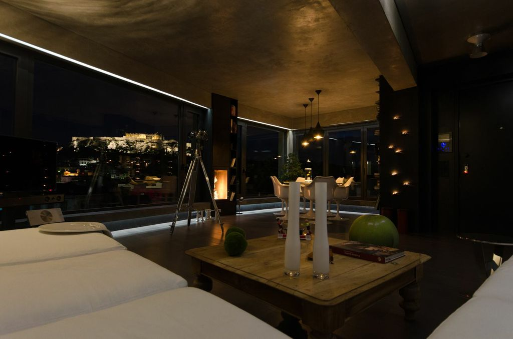 Parthenon Luxury Suite - 5* stay