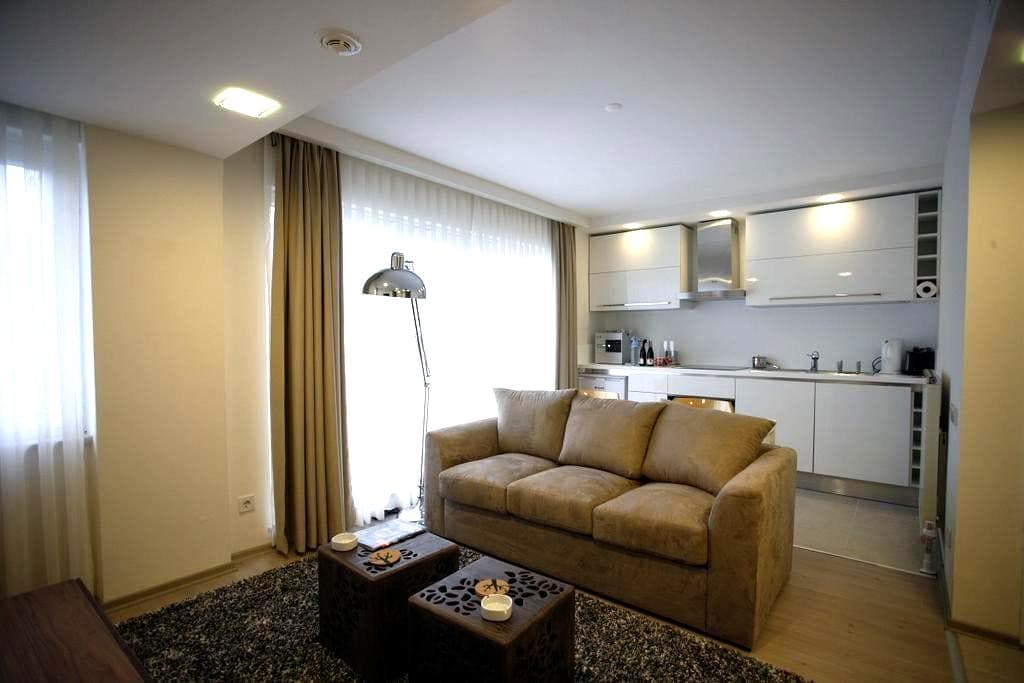 Cozy, private suites in the so famous Nişantaşı - Şişli - Pis