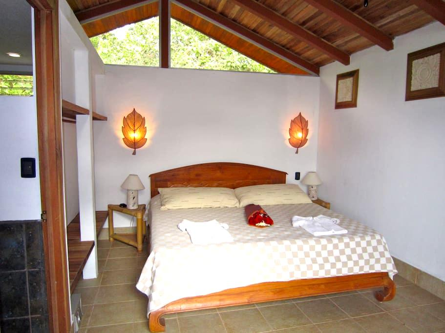 Upper Suite in Coravida Treetop Paradise - Quepos - Villa