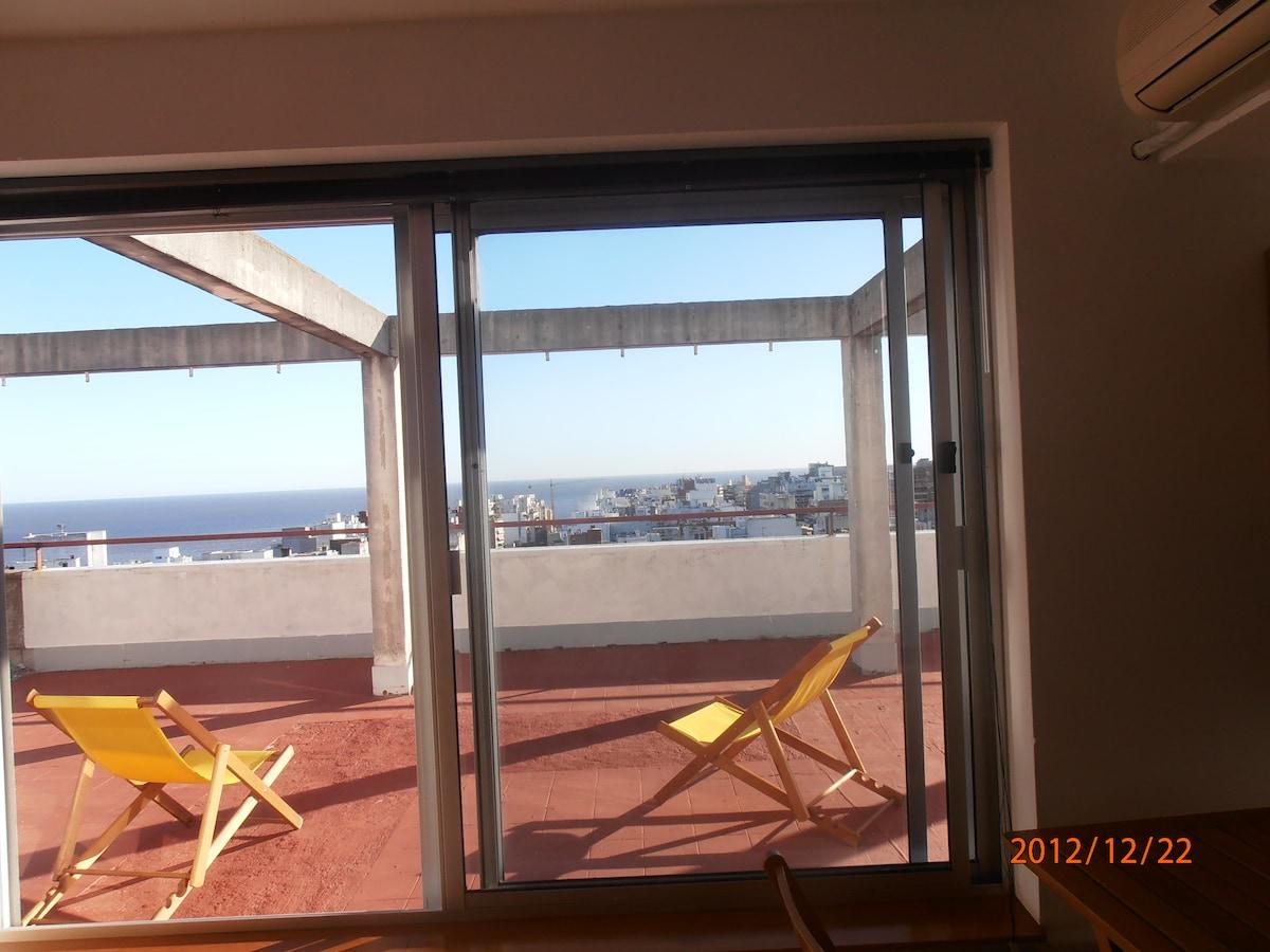 BeachPenthouse, very good ubication