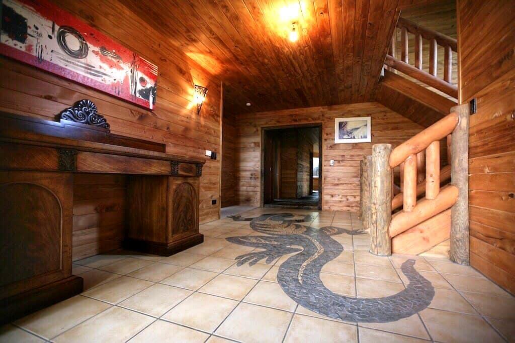 Amazing Wood House, near Huka Falls - Taupo - Dům