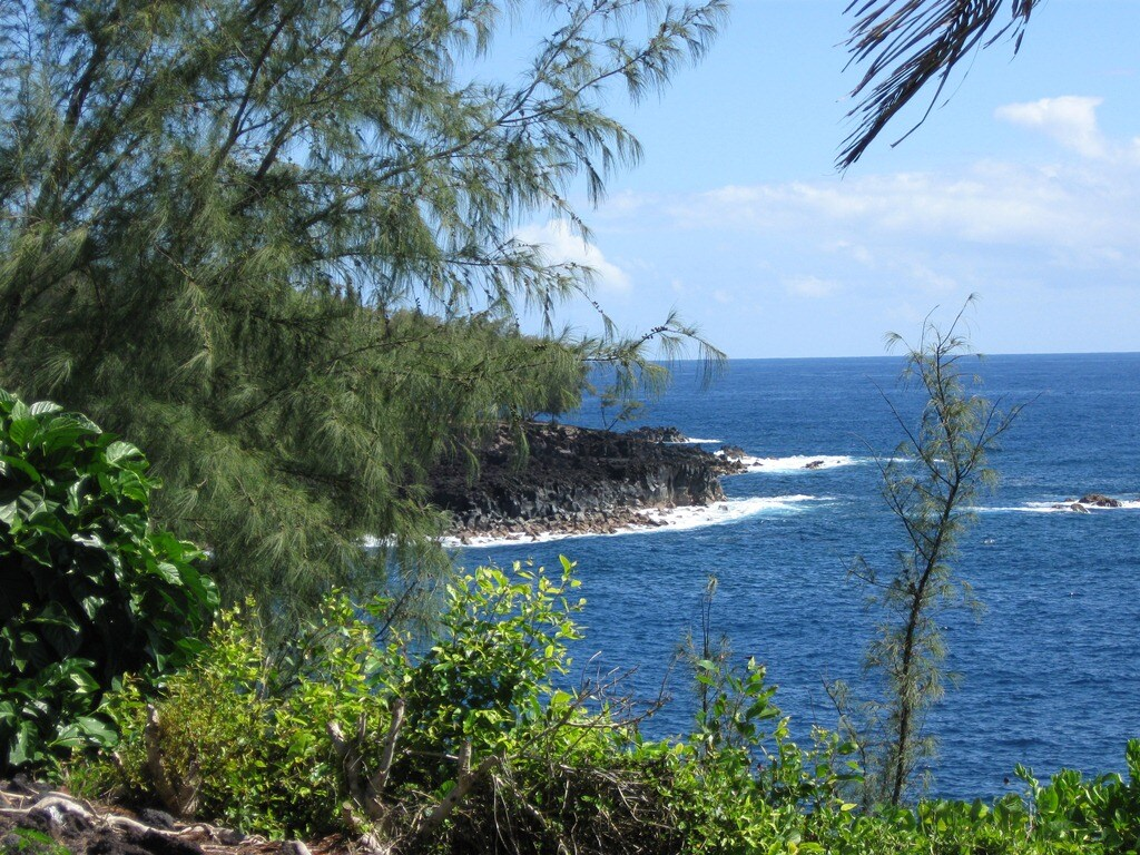 Coastal view near Kehena Beach
