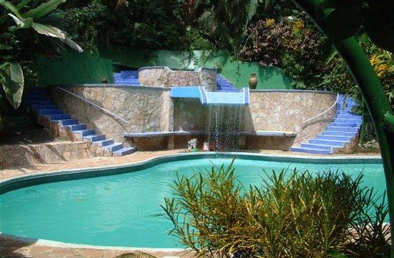 3 Pools for exclusive use by our guests