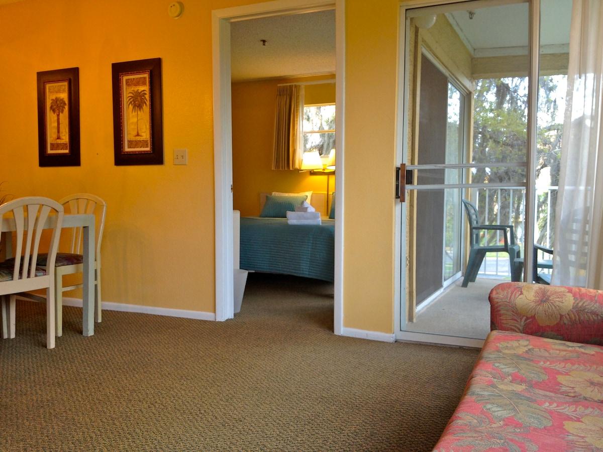 2 Bed Condo near Sea World, Disney