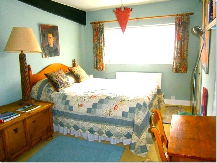 Cosy Ivy Cottage B&B Double Room - Watlington