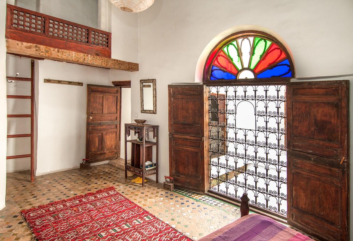 Stunning Ferhana room in Medina Dar