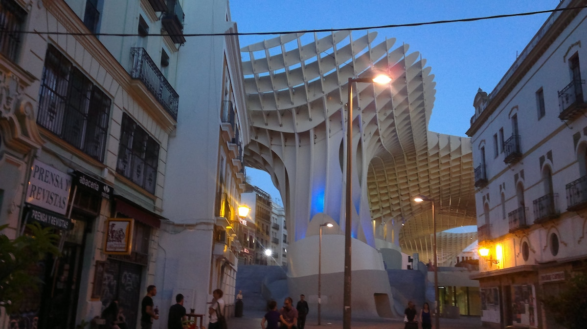 Happy house in Seville!