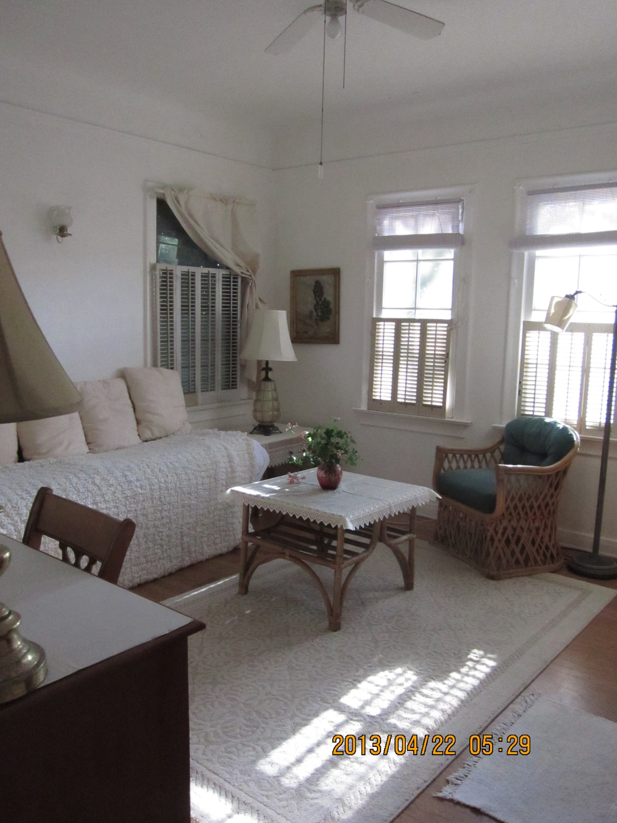 Lovely, airy room in best LA area