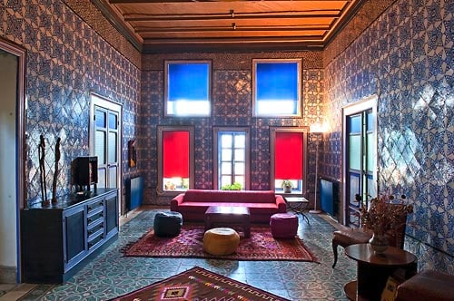 La Chambre bleue, Tunis' Medina