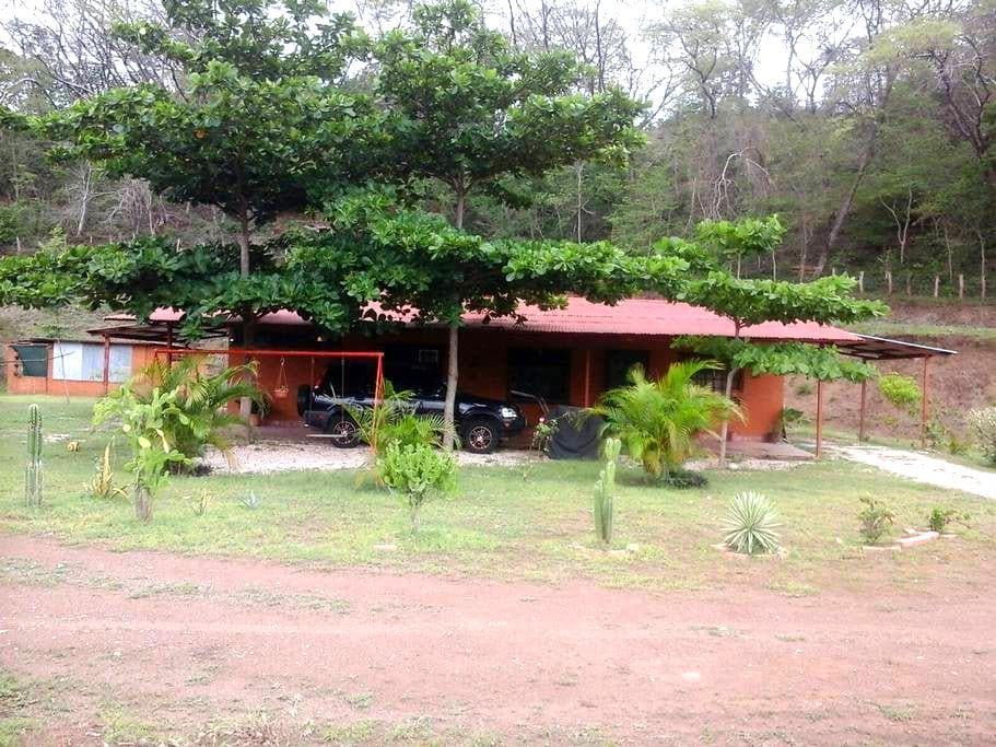 Nice home close close to the beach Guancaste #2 - Puerto Carrillo - Hus