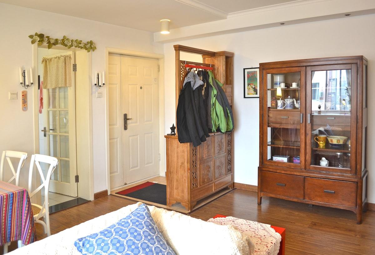 一进门就很通透的客厅