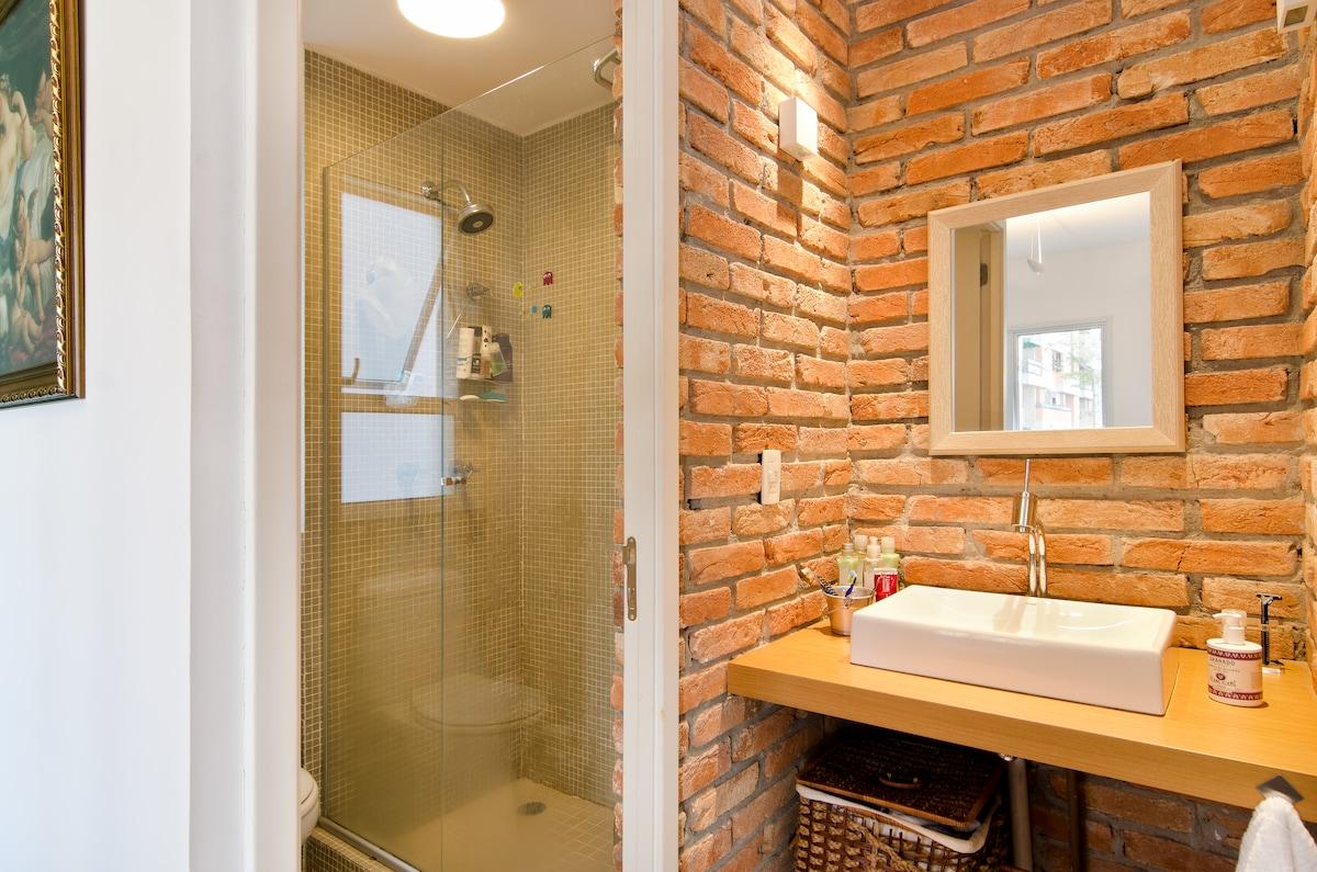 Banheiro com pia externa