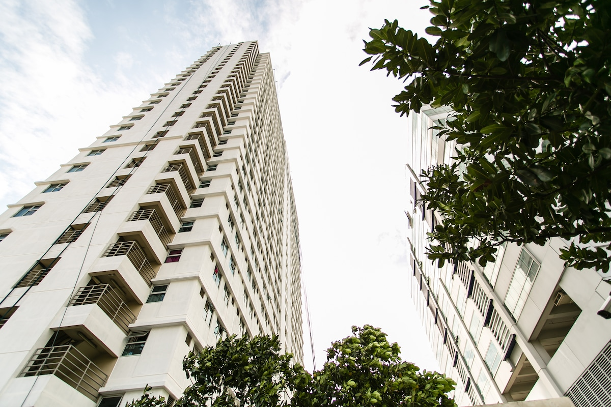 Gateway Garden Ridge Condominium