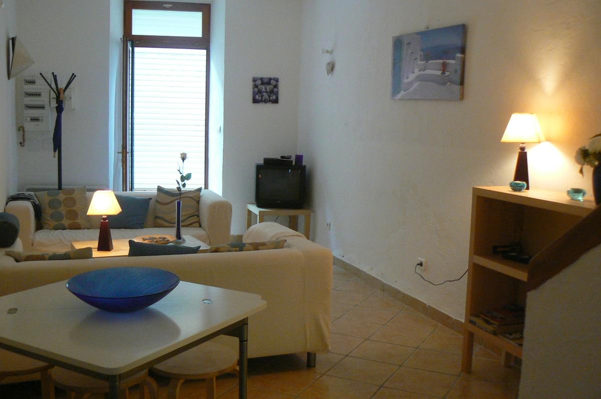 Salon / Living room et salle à manger/ dining-room
