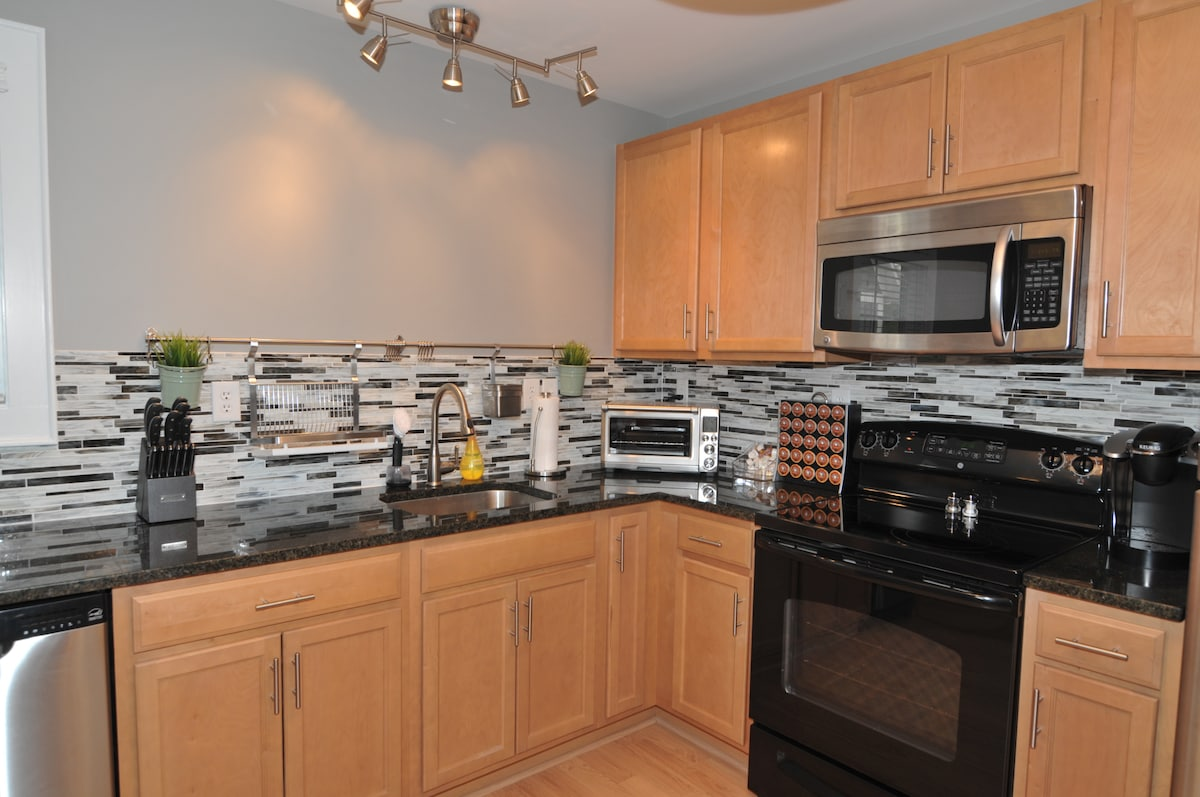 A fully equipped kitchen at your disposal.