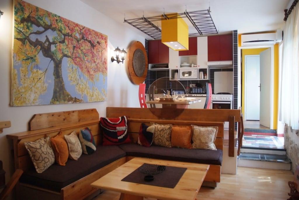 Common area/lounge