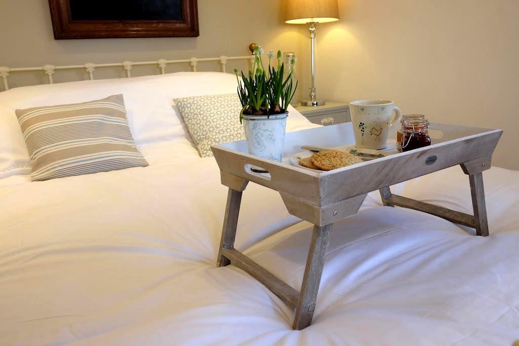 Chic stand alone B&B rooms sleep 5 - Bath - Bed & Breakfast