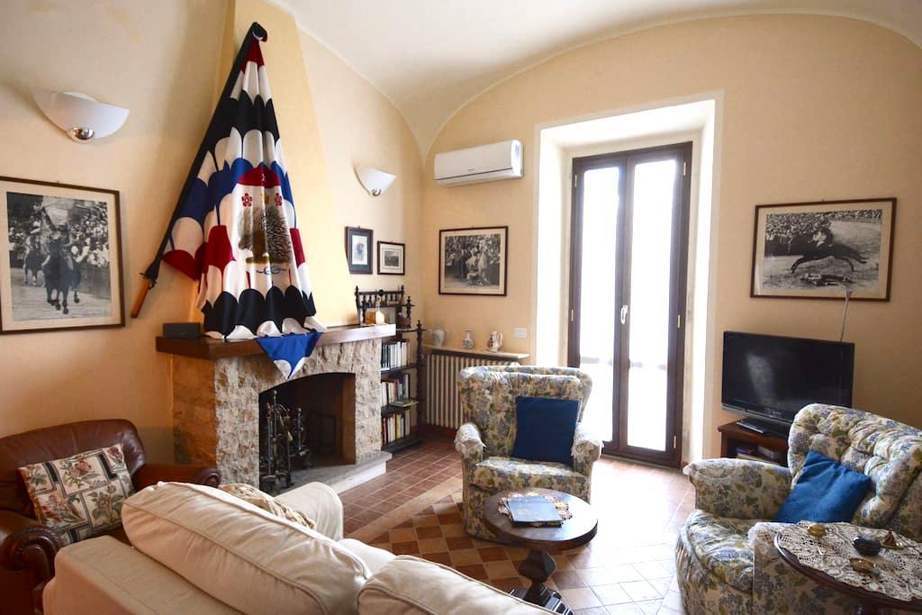 Apartment Art Nouveau heart Tuscany - Siena - Apartment