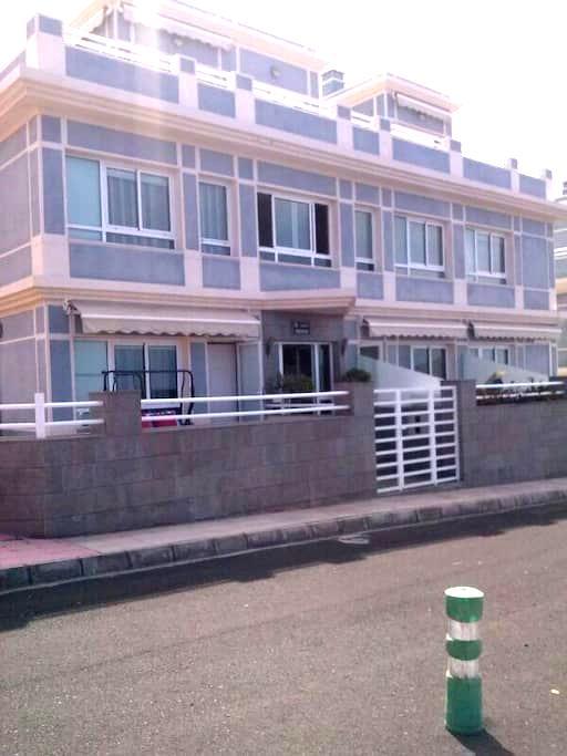 MIRAMAR - Puerto de Naos - Apartamento