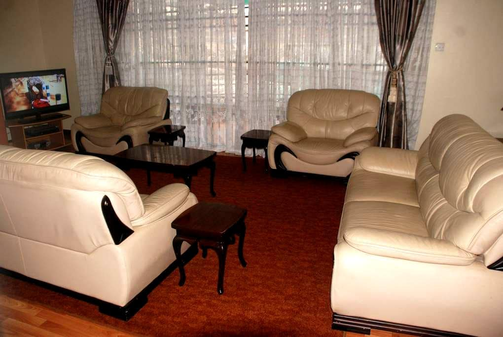3 B/R  Furnished Apt Kileleshwa NRB - Nairobi - Apartment