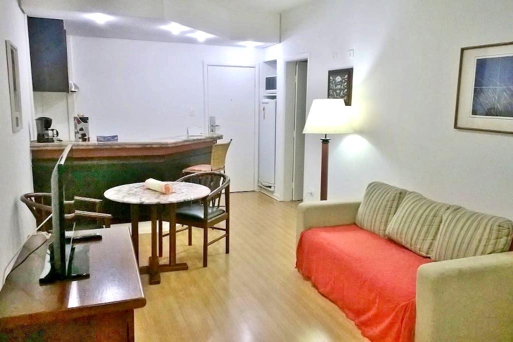 Apto bem localizado - Barueri - Apartament