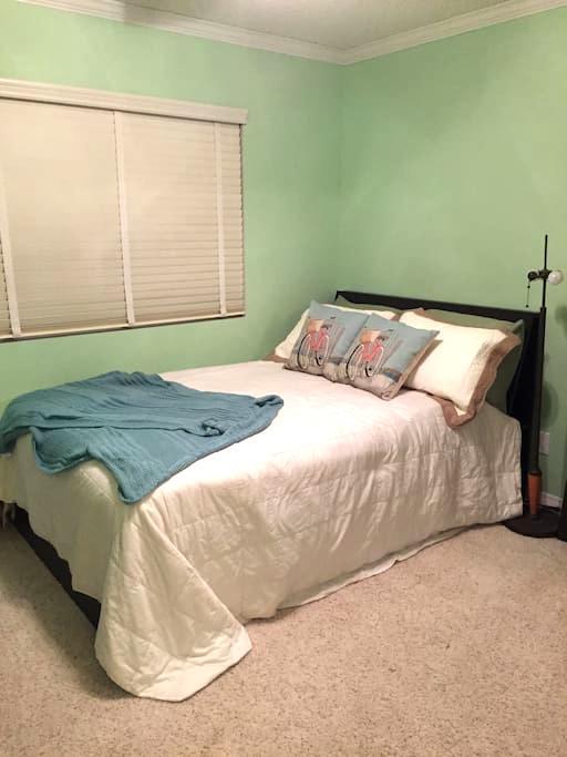 Private Room Near Magic Mountain - Santa Clarita - Condominio