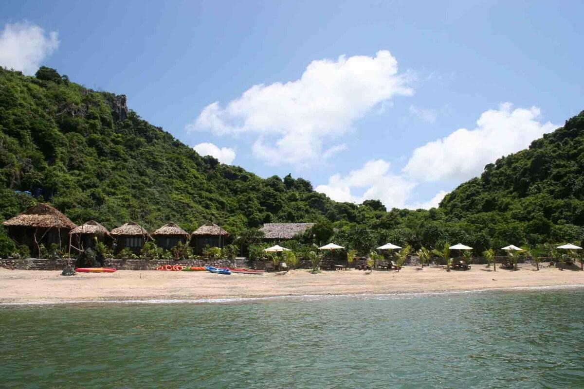 Halong Bay & Monkey Island Resort