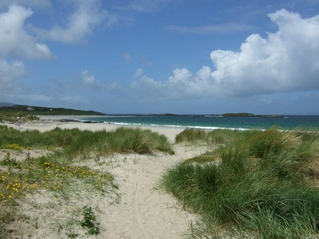 Glassilaun Beach - just 5 minutes away.
