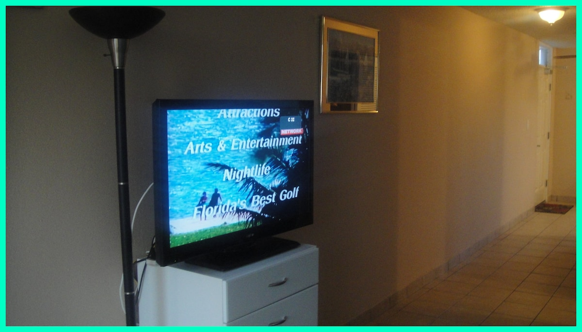 40 inch flat screen TV with cable and internet