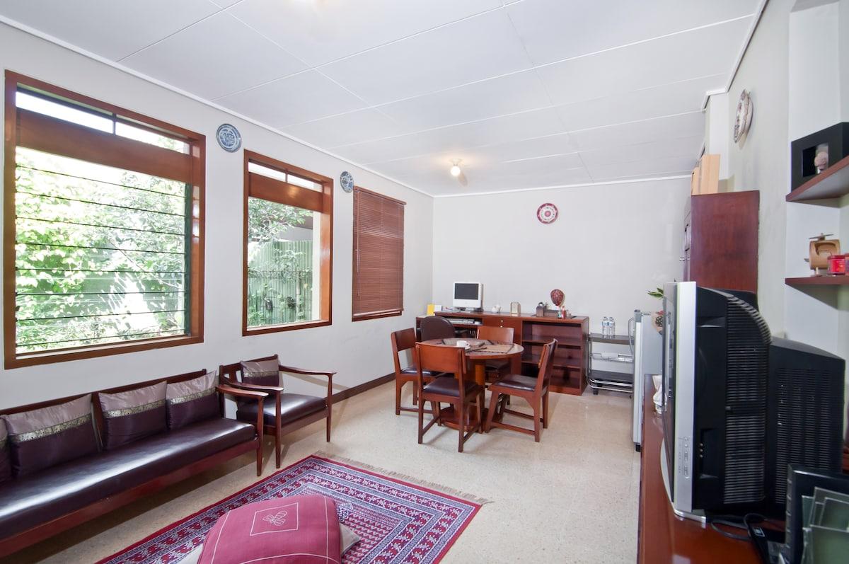 Lamping Guest House Bandung 10 pax