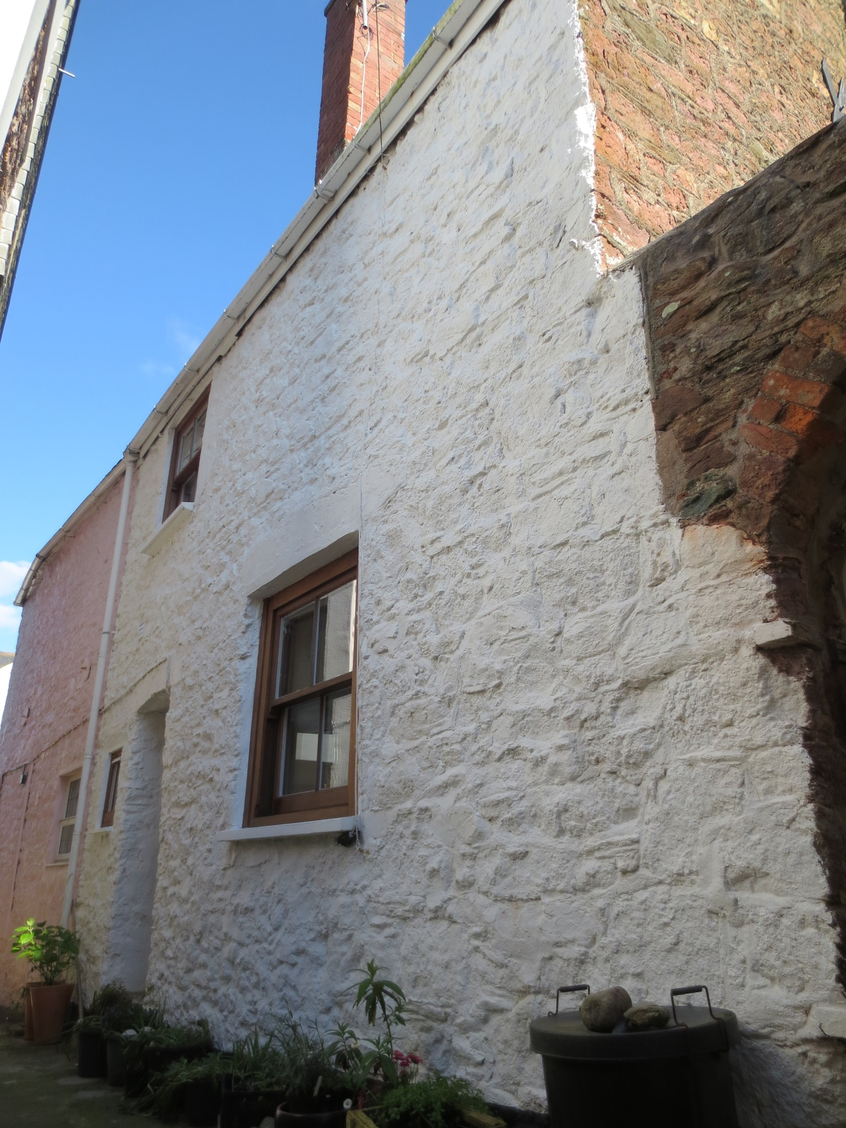 Whole of Stow Cottage, Kingsand