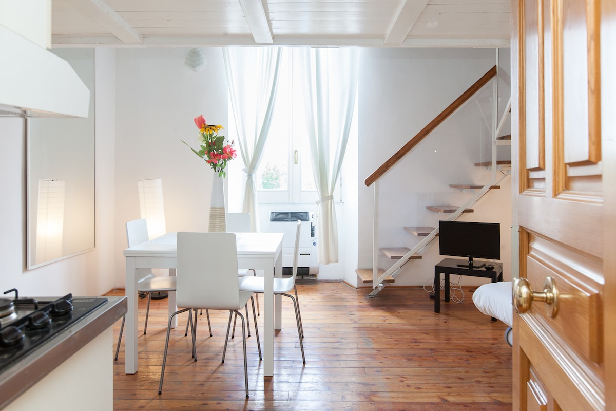 High and luminous house in the heart of Trastevere