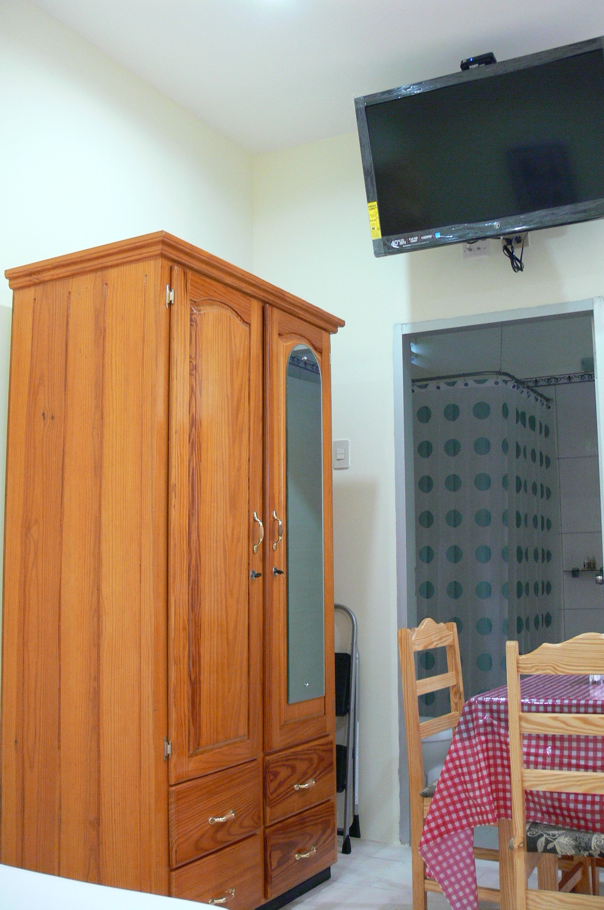 Travel Suites Ltd Apartment 4