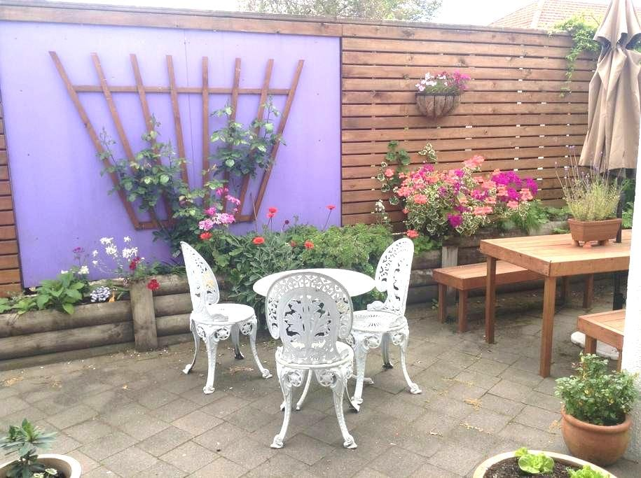 Homely and private, extr room avail - Tauranga