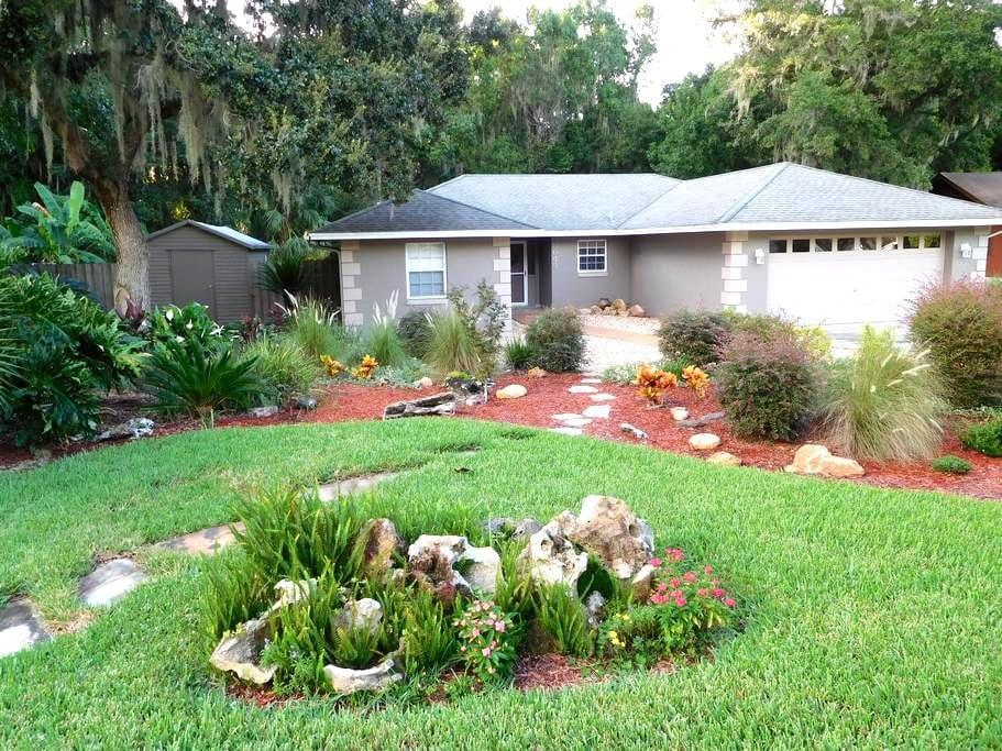 Quiet Retreat in Sunny Central Florida - Lakeland - Ház