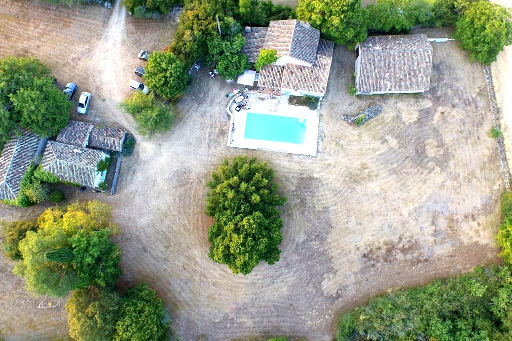 2 maisons de charme en campagne - Lauzerte - Hus