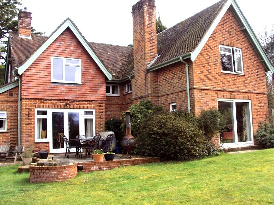Nestled in the New Forest - Burley - Bed & Breakfast