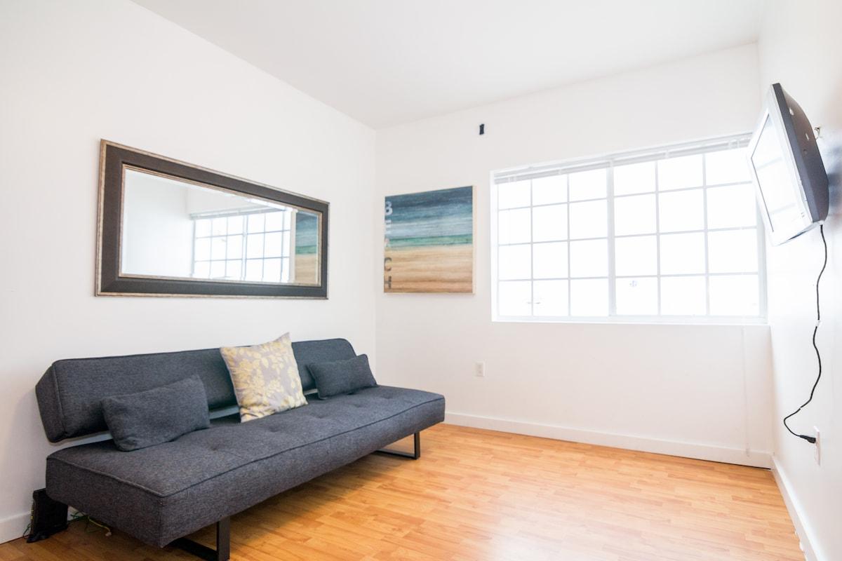 Adorable relaxing beach apartment