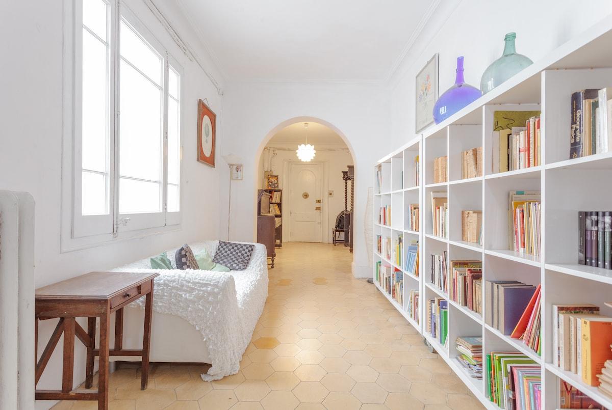 Room in amazing flat Born-Centre