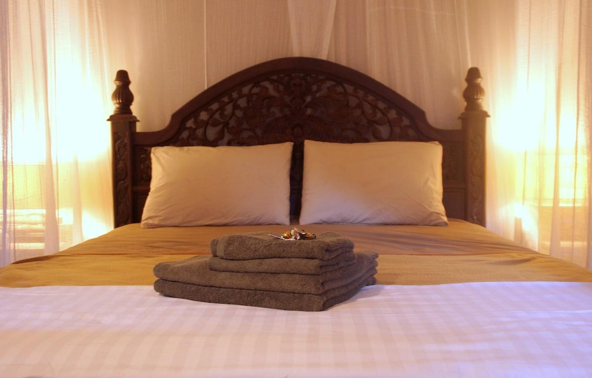 clean & comfortable queen-size bed