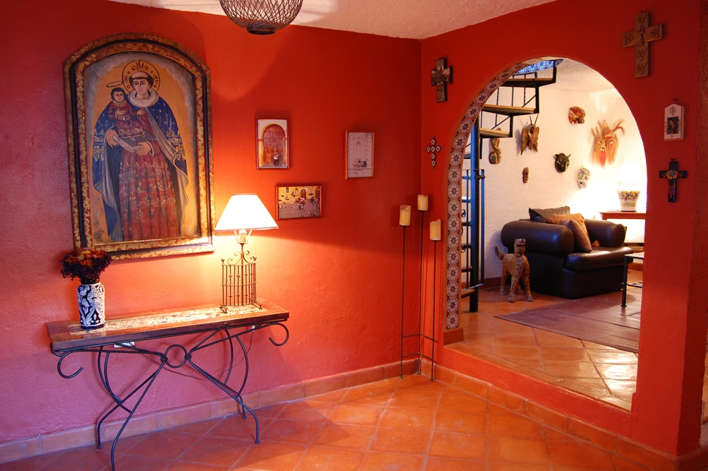 Spacious home: terrace/views/charm!
