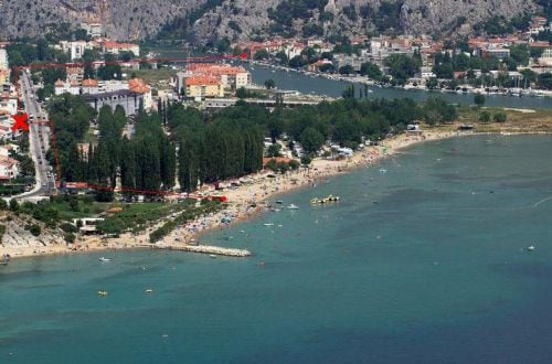 Sandy beach is only few min walking from house and 1 km from Omiš center
