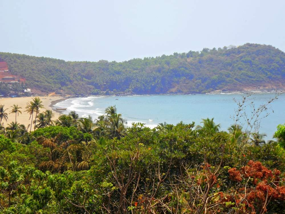 View down to Kudle beach and the Arabic ocean from your balcony