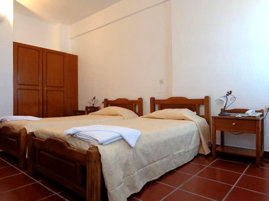 Ersi villas Twin room 2 pax - Thera - Appartement