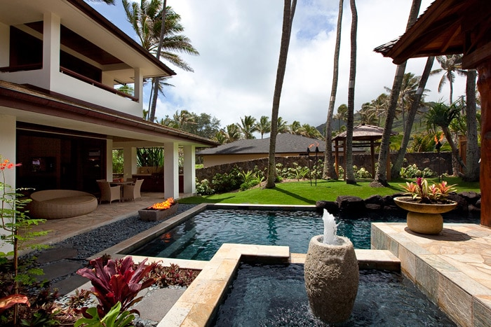 Pool & water feature courtyard