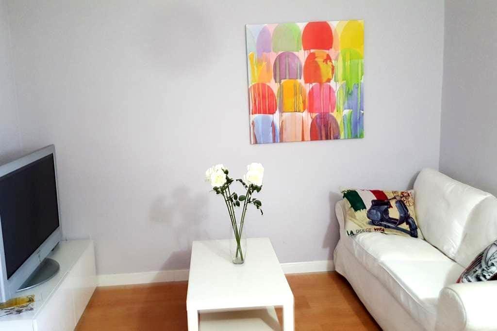 Piso de tres habitaciones en barrio castizo de Mad - Madrid