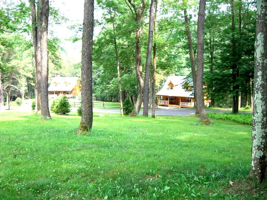 The Brookside Lodges, Pocono, PA - Weatherly - Hytte