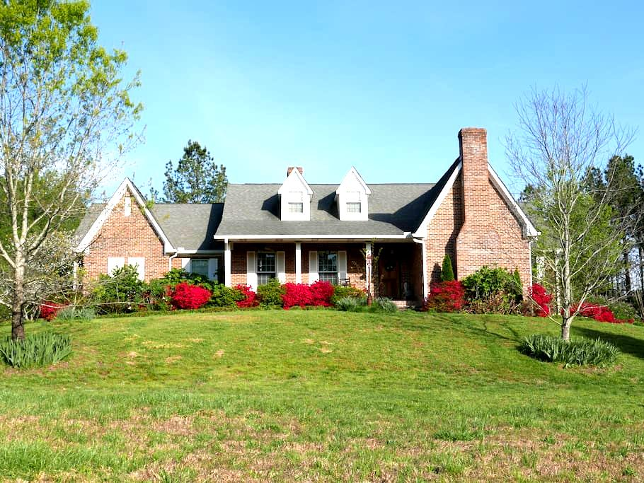 In-law Suite in Lovely Country Home on 50 acres - LaFayette - Daire